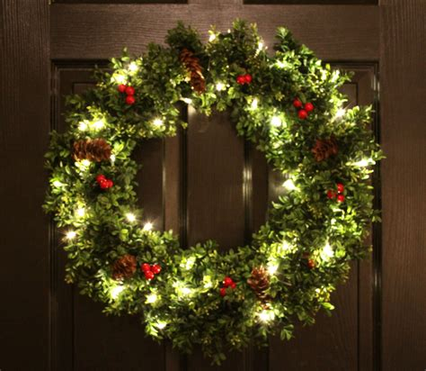 pre lit boxwood christmas wreath artifical by welovewreaths