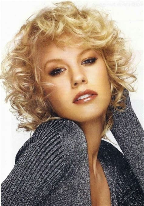 Best Shoo For Curly Frizzy Hair 2014 | best shoo for frizzy hair 2014 25 curly layered haircuts