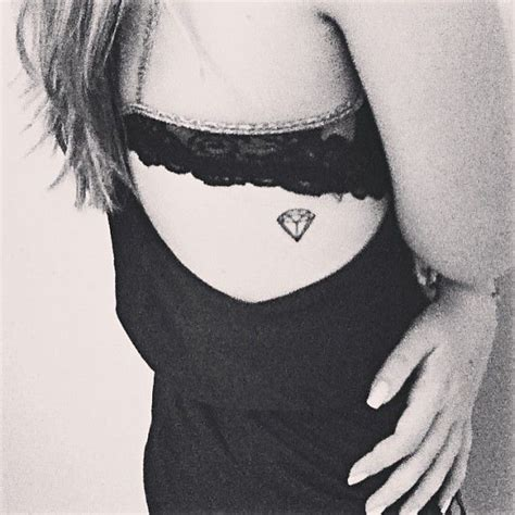 best diamond tattoo designs best 25 small ideas on