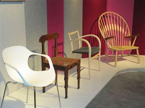 danish design armchair file design museum copenhagen 2011 danish modern chairs jpg wikimedia commons