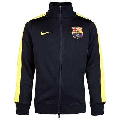 Jaket Parka Assasin Real Madrid pusat jersey jacket barcelona n98 black 2013 2014