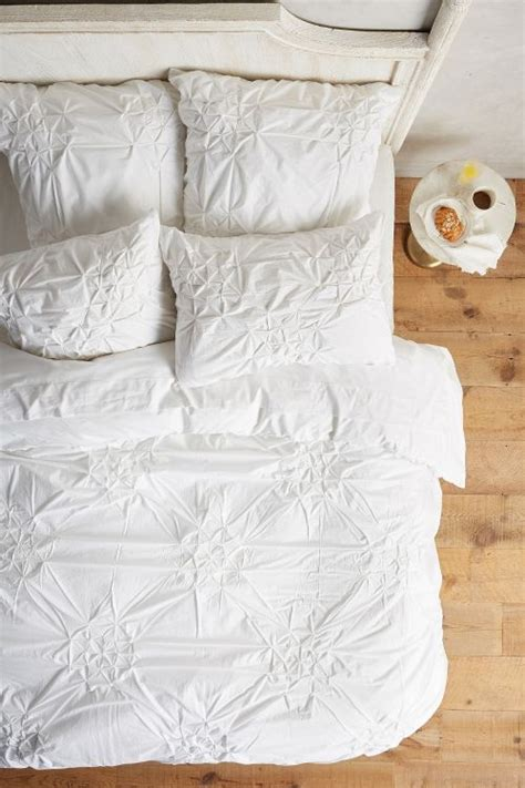 anthropologie bedding sale anthropologie bedding sale save 20 on duvet covers