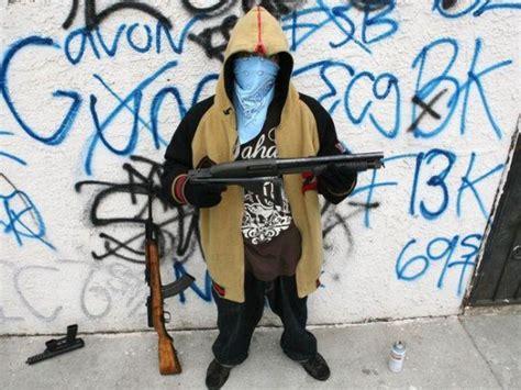 the 10 most dangerous neighborhoods in america