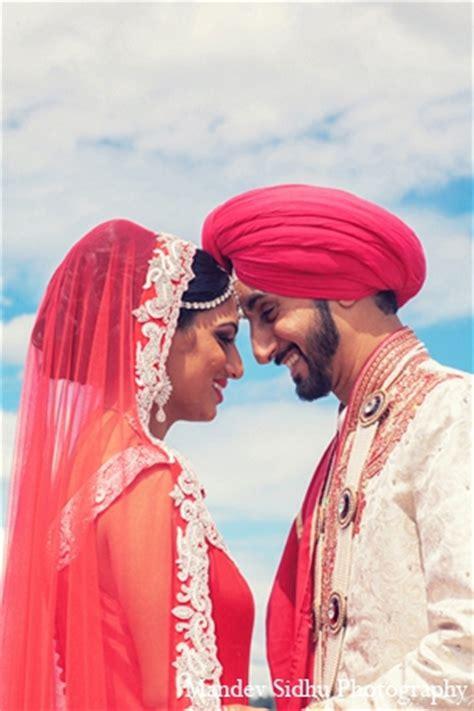 Seattle, Washington Indian Wedding by Mandev Sidhu