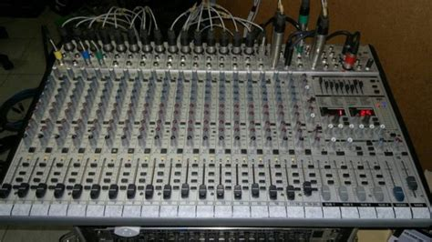 Mixer Behringer Sl2442fx Pro behringer eurodesk sl2442fx pro 24 input 4 mixer with dual digital 24 bit multi fx processor