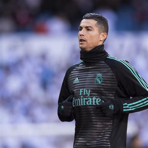 official psg signs cristiano ronaldo for e100million psg reportedly ready to go all out to sign cristiano