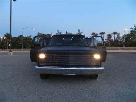 6 Door Suburban by Buy New Custom Chevrolet Suburban 6 Door Dually