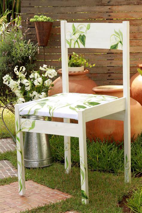 Decoupage Outdoor Furniture - paint garden chair green flowers calla diy decoupage