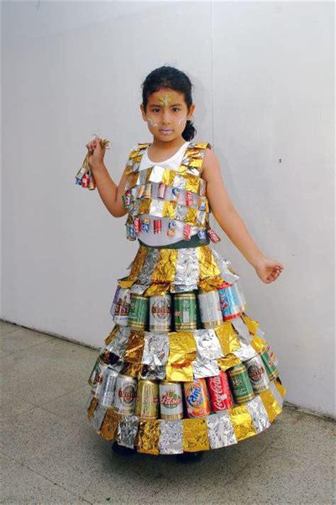 vestidos de la epoca colonial con material reciclable fotos on pinterest