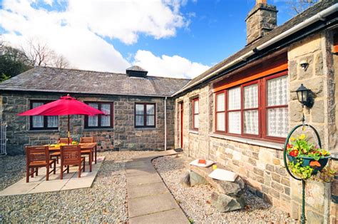 Cottages Snowdonia by Snowdonia Cottage Between Barmouth And Dolgellau