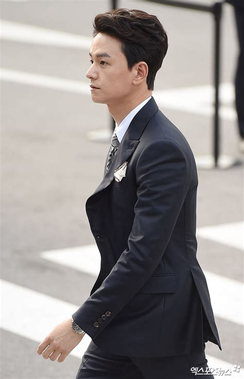 yoo ah in song hye kyo wedding check out glamorous photos of stars attending song joong