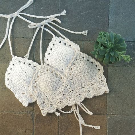 Top Rajut Scalop 1000 images about crochet tops tanks halters blouses on
