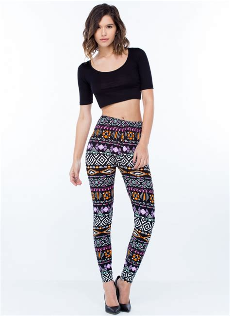 Black Patterned Leggings Outfit | black blue red grey floral and colorful patterned