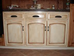 creating distressed wood cabinets only with paint and wax