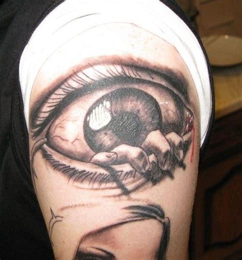 eye tattoo cause blindness eye tattoos design for men 6 crazy tattoos pinterest