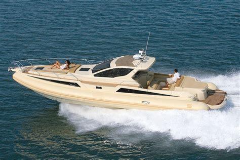 gommone cabinato solemar яхта solemar 44 1 oceanic vipkater ua
