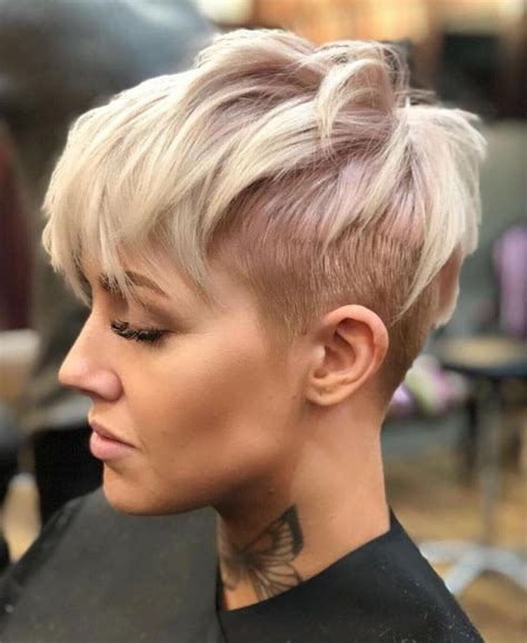60 overwhelming ideas for short choppy haircuts undercut 1696 best capelli corti images on pinterest pixie cuts