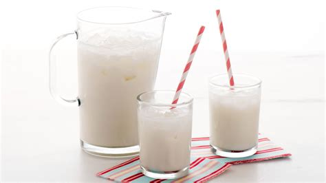 Outdoor Entertaining Tips - horchata