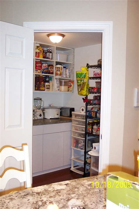 Pantry Layouts by Walk In Pantry Layout Studio Design Gallery Best