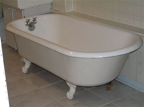 Bathtub Bathroom by Bathtub