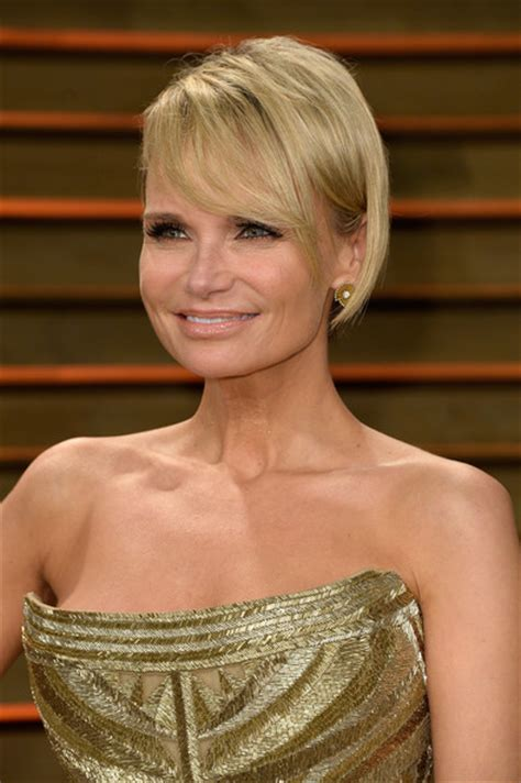 kristin chenoweth short hairstyle with hairstyles hair kristin chenoweth short cut with bangs short hairstyles