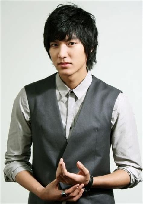 biography of actor lee min ho lee min ho biography famous artists from korea biography