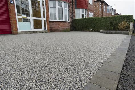 resin bonded natural stone hermitage driveways resin driveways timperley cheshire bound stone