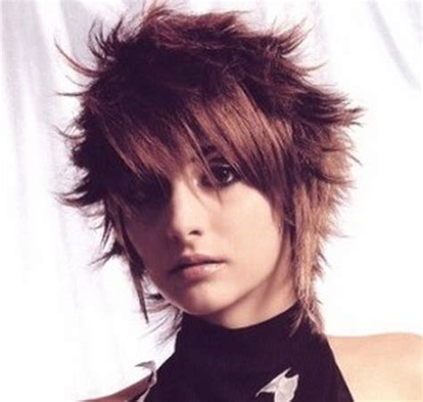 medium spiky hairstyles for women short spiky hairstyles