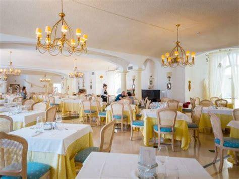 gabbiano hotel marina di pulsano offerte viaggio scontate nicolaus club gabbiano hotel