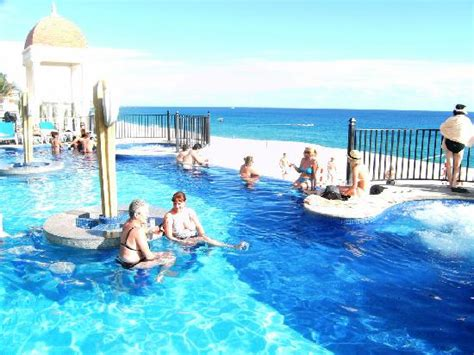 One Of Two Pool Bars Picture Of Hotel Riu Santa Fe