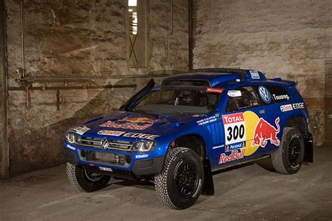 volkswagen dakar vw aims for dakar threepeat with sweet regs wired