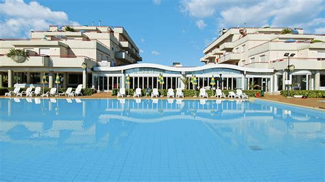 residence club hotel le terrazze grottammare viaggi a grottammare marche residence club hotel le