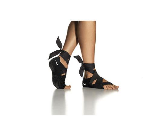 Jual Nike Studio Wrap five shoes in one the nike studio wrap nike news