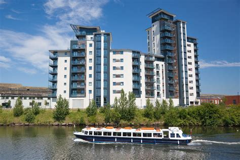 waterside appartments waterside apartments reino unido cardiff booking com