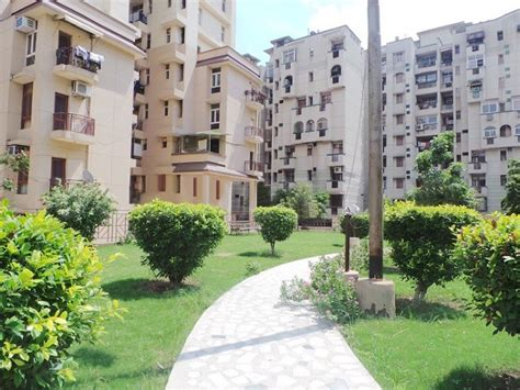 Parkview Appartments Metropark Parkview Apartments In Sector 61 Noida Price