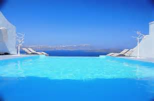 Infinity Pools In Greece Infinity Pool Astarte Suites Hotel Santorini Greece 48961