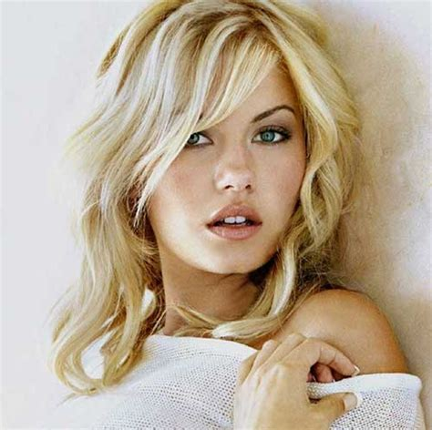Elisha Cuthbert Chops Locks It Or It by 30 Best Curly Hair With Bangs Hairstyles Haircuts 2016