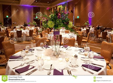burlap runner on round table recycled burlap wedding reception