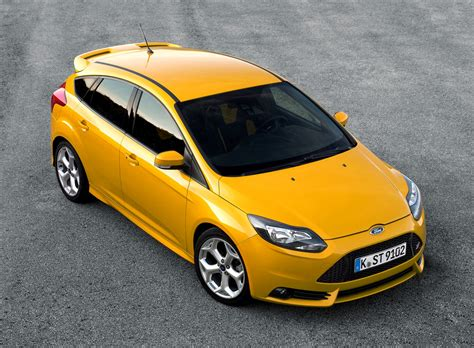 focus st review ford focus st review 2012 parkers