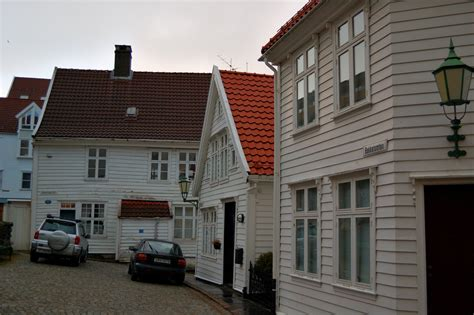 houses in norway file houses in bergen norway 2009 1 jpg wikimedia commons