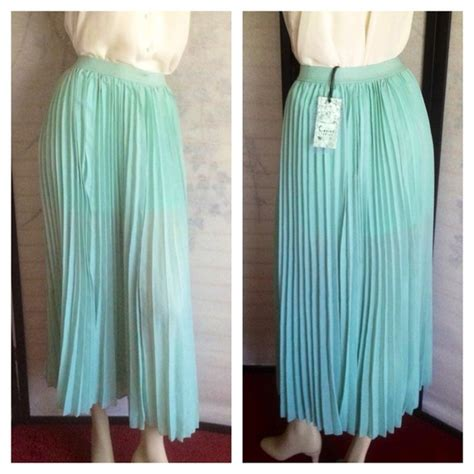 cecico nwt mint green pleated midi skirt large from