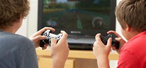 dibujos de niños jugando xbox un estudio destaca los beneficios de los videojuegos en