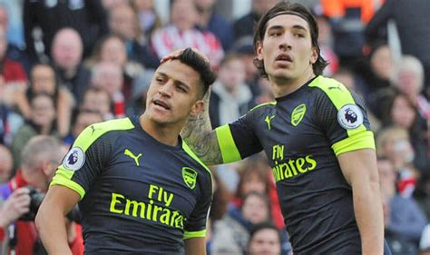 alexis sanchez hector bellerin arsenal news arsene wenger to hold alexis sanchez and