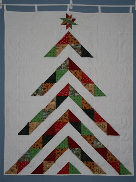 my moda pattern christmas tree wall hanging quilted with