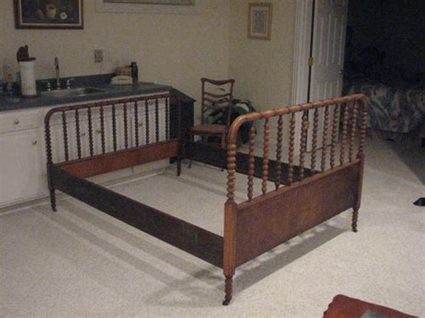 jenny lind queen bed 17 best images about beds and bedrooms on pinterest