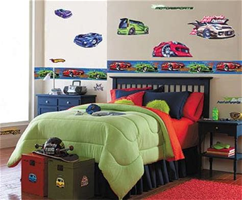 little boy bedroom decorating ideas how to decorate your little boy s room to a grown up room