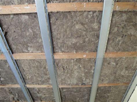 materiale isolante acustico per soffitto cartongesso isolante acustico pannelli isolanti