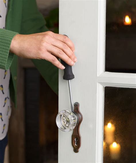 How To Tighten A Door Knob by 20 Tighten A Interior Doorknob 35 Fast