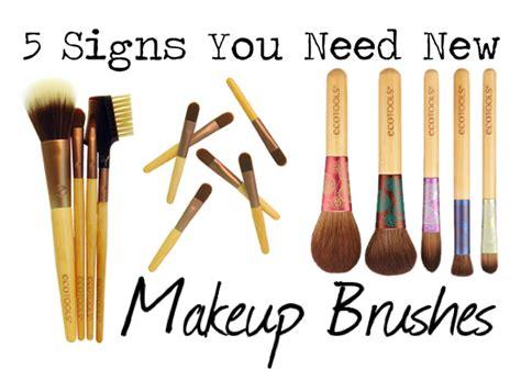 Need A New Blush by Ecotools Makeup Brush