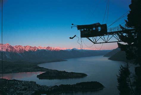 swing neuseeland ledge bungy queenstown 187 experience queenstown